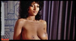 Pam Grier , Lisa Farringer  , Marilyn Joi in  Coffy (1973) 2m7ojkymj0xj