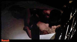 Stella Stevens , Marlene Clark in Slaughter (1972) 8mgu9qev46u0