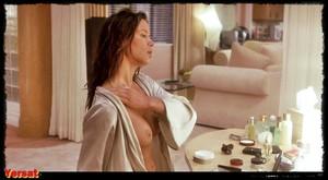 Rhona Mitra & Elisabeth Shue & Kim Dickens - Hollow Man (2000) 185mvx83vjta