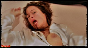 Rhona Mitra & Elisabeth Shue & Kim Dickens - Hollow Man (2000) Ws61nxic2ate