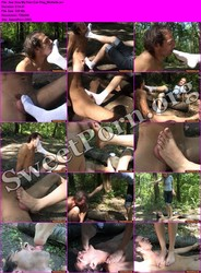 FemaleDom.com See How My Feet Can Play_Michelle Thumbnail