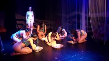 Celebrity Content - Naked On Stage - Page 5 Ku6k2a00bxm8