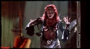 Melinda Clarke in Return of the Living Dead Part III (1993) 4qebdpe1enzo