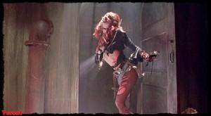 Melinda Clarke in Return of the Living Dead Part III (1993) Lnzmilj87x5e