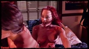 Melinda Clarke in Return of the Living Dead Part III (1993) Xlp2c8dv4gn2