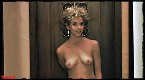 Annette Bening & Anjelica Huston - The Grifters (USA 1990) Opkegjg1x99k