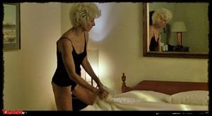 Annette Bening & Anjelica Huston - The Grifters (USA 1990) Qj6h4yjwti0c