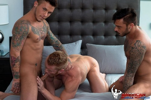 AmericanMuscleHunks – Johnny V, Seth Knight & Cris Knight