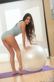 Name of the gallery (Optional)17 07 17 Arielle Faye Yoga Babe