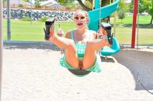 Stella-Playground-Fun--i6qwokke70.jpg