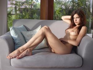 Candice-Beauty-Icon--d6tmsdbi02.jpg