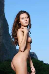 Emily-A-Montagna--g6tw8hb4i0.jpg