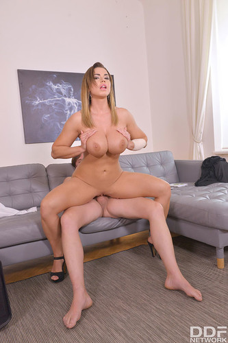 DDF Busty: Chloe - Loads Of Cum On Natural Tits (1080p)