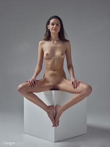 Cristin-Studio-Nudes--76v9jvdiwf.jpg