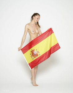 Cindy-Viva-Espana-World-Cup--b6vvltdwym.jpg