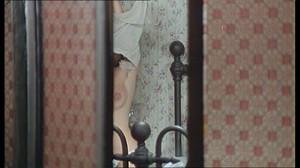 Gloria Guida / Rossana Podesta / Il gatto mammone / topless / (IT 1975) Tivttehrx1tf