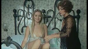 Gloria Guida / Rossana Podesta / Il gatto mammone / topless / (IT 1975) Vew24wbrwox2