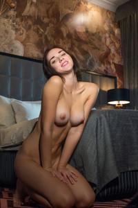 Oxana Chic - January 17, 2019h6tx225ocj.jpg