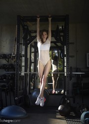 Anya-Female-Fitness-Fantasy-43-pictures-10000px-76ua7qv73i.jpg