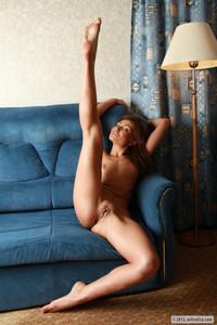 Alice - Blue sofa f714d4vruk.jpg