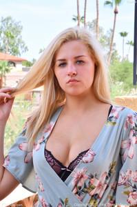 Sophia-Summer-Blues--g6u9lunvw7.jpg