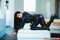Romi-Rain-Killer-Wives%2C-Episode-1--26ukt7xtf2.jpg