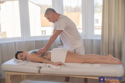 Marica Chanelle - Erotic massage for Italian brunette