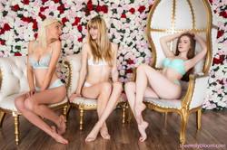 Emily-Bloom-Hopeless-So-Frantic-Amanda-Kelly-Be-Our-Valentine-x51-6720px-t6ux5lfbkb.jpg