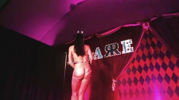 Celebrity Content - Naked On Stage - Page 16 R2uwob5ei0o8